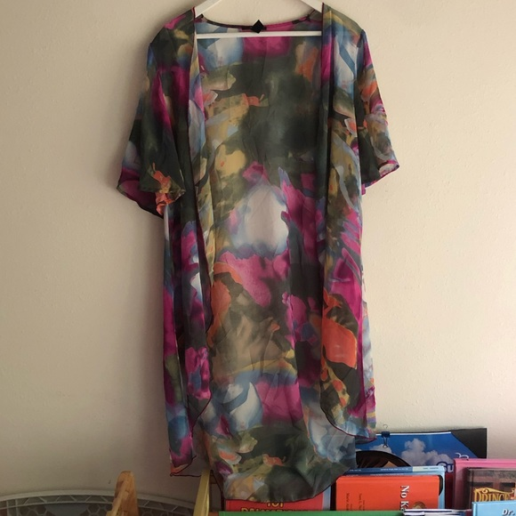 Forever 21 Other - Sheer Cover Up